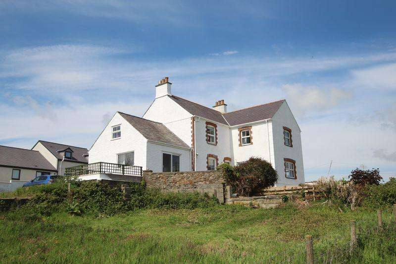4 Bedrooms Detached House for sale in Llangristiolus, Bodorgan