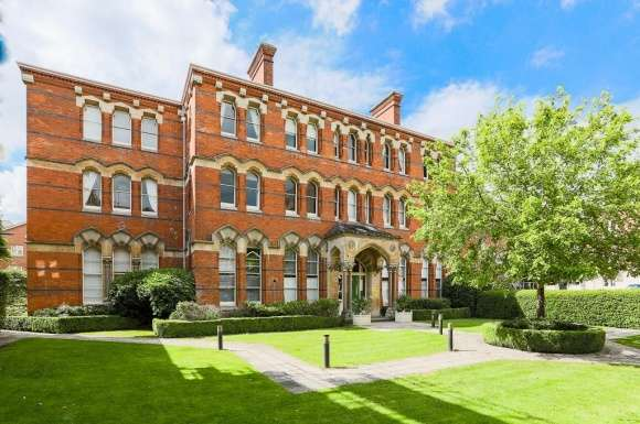 1 Bedroom Property for sale in St. Georges Place, Cheltenham