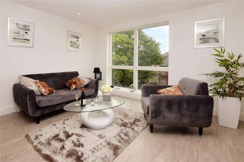 2 Bedrooms Apartment Flat for sale in Dean Wace House, 16 Rosslyn Road, Watford, Hertfordshire, WD18