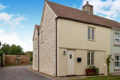 3 Bedrooms Semi Detached House for sale in Holly Lodge Road, Bristol, Somerset