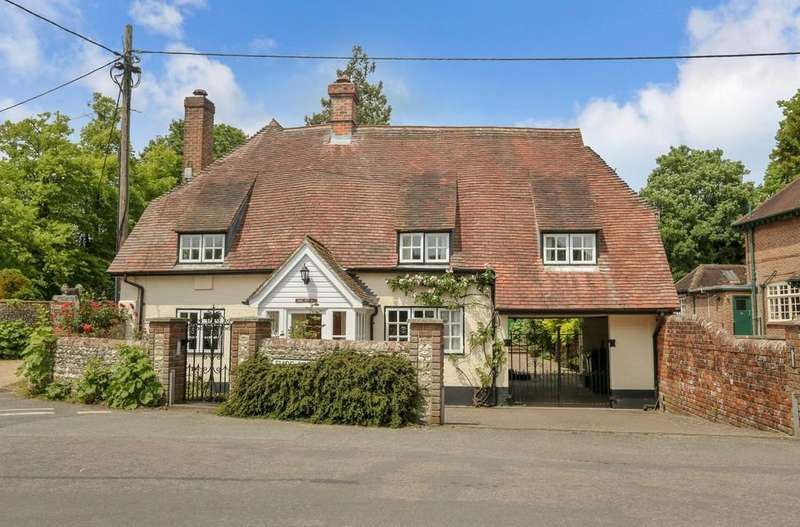 4 Bedrooms Detached House for sale in Exton, Hampshire
