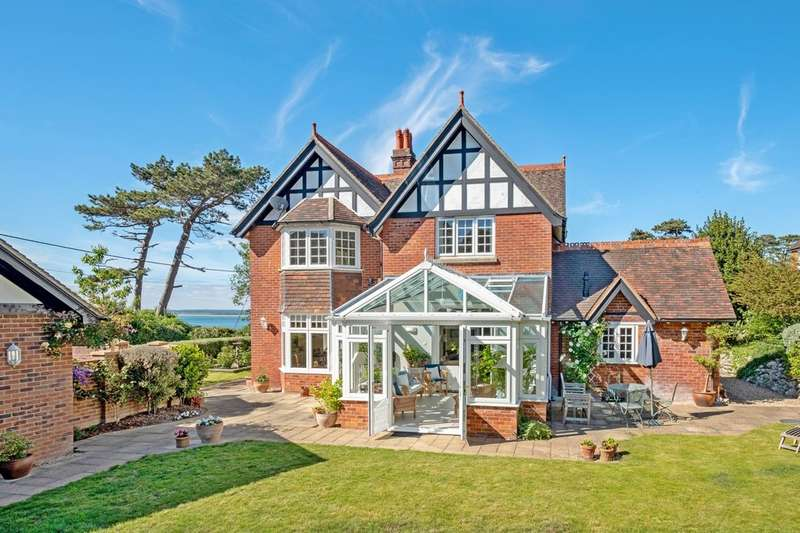 4 Bedrooms Detached House for sale in Totland Bay, Isle of Wight