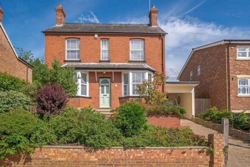 3 Bedrooms Detached House for sale in Ashburnham Road, Ampthill, Bedford