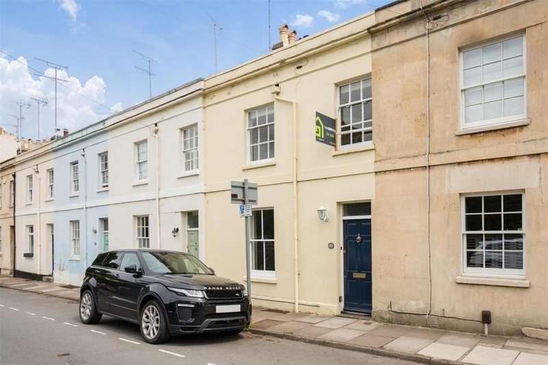 3 Bedrooms Town House for sale in Keynsham Road, Near Sandford Park, Cheltenham