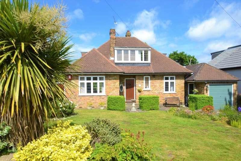 3 Bedrooms Detached House for sale in Links Drive, Radlett