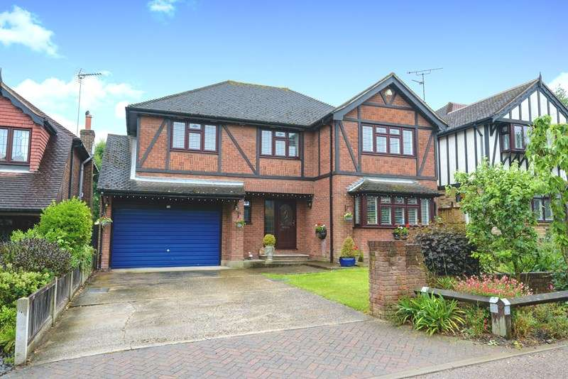 5 Bedrooms Detached House for sale in Prestigious Rayleigh Avenue - Eastwood, Leigh on Sea