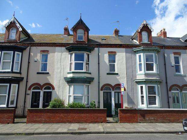 4 Bedrooms Terraced House for sale in MONTAGUE STREET, HEADLAND, HARTLEPOOL