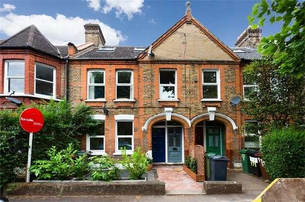 2 Bedrooms Maisonette Flat for sale in Edward Road, Walthamstow, London