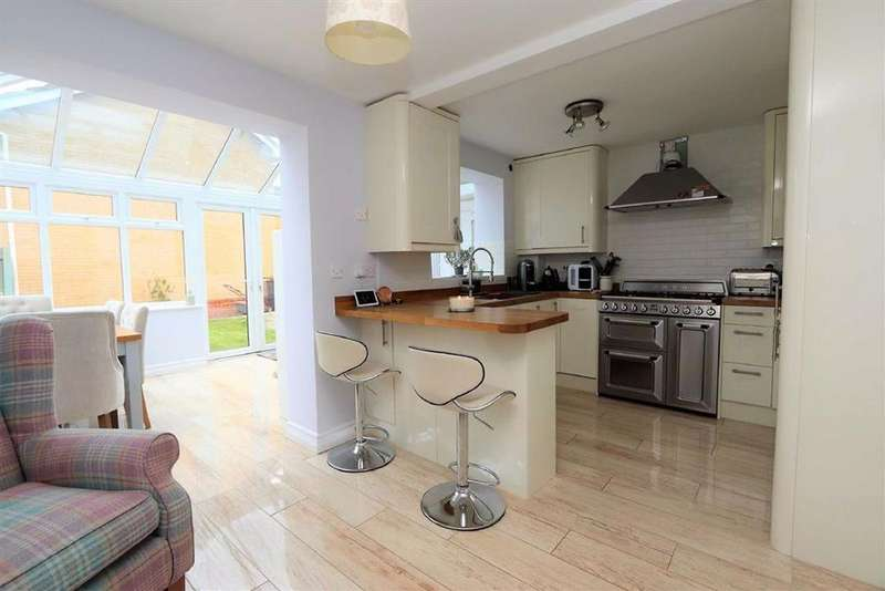 3 Bedrooms Link Detached House for sale in Ridgely Drive, Leighton Buzzard