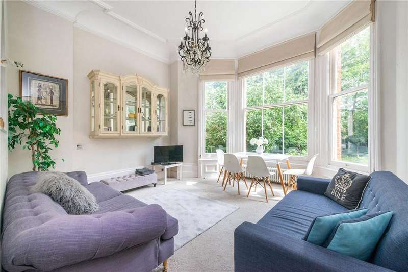 2 Bedrooms Flat for sale in Compayne Gardens, West Hampstead, London