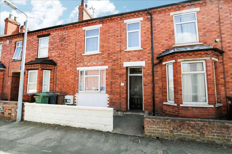 2 Bedrooms Terraced House for sale in Robey Street, Lincoln