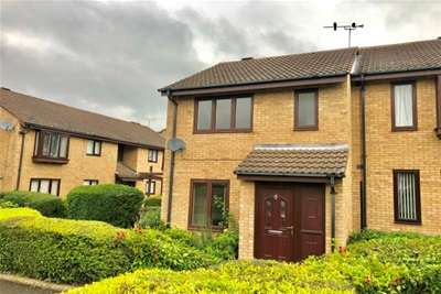 2 Bedrooms Semi Detached House for rent in Fern Close, Thurnby, LE7 9QJ