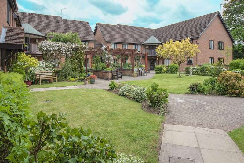 2 Bedrooms Flat for sale in Chiltern Court, St. Barnabas Road
