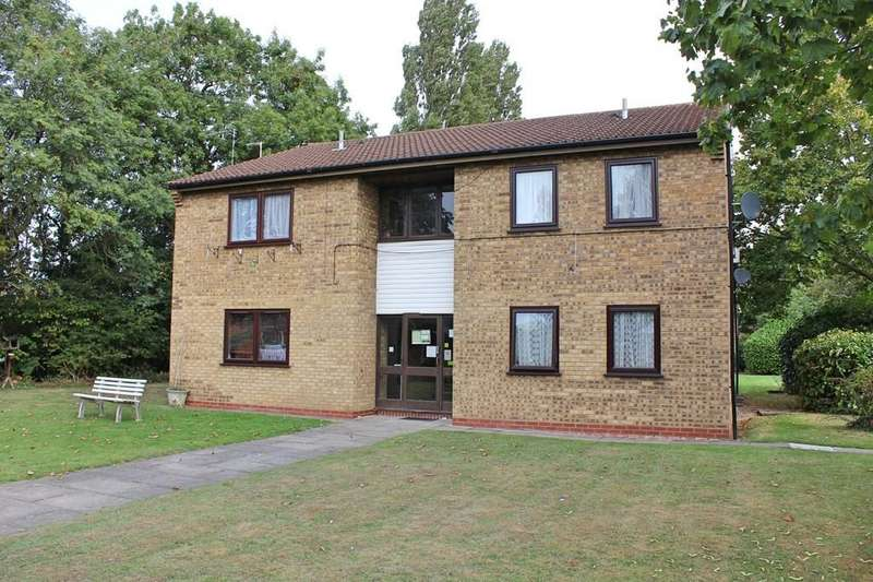 Studio Flat for sale in Penney Close, Wigston, Leicester