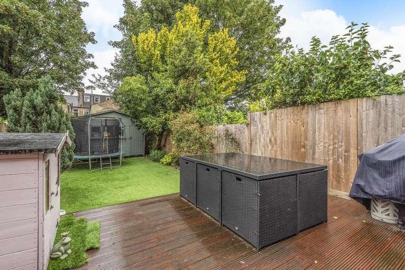 4 Bedrooms Terraced House for sale in Waldron Road, Earlsfield