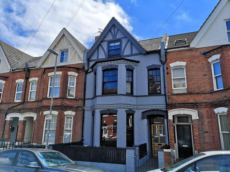 4 Bedrooms Terraced House for sale in Bedford Grove, Eastbourne