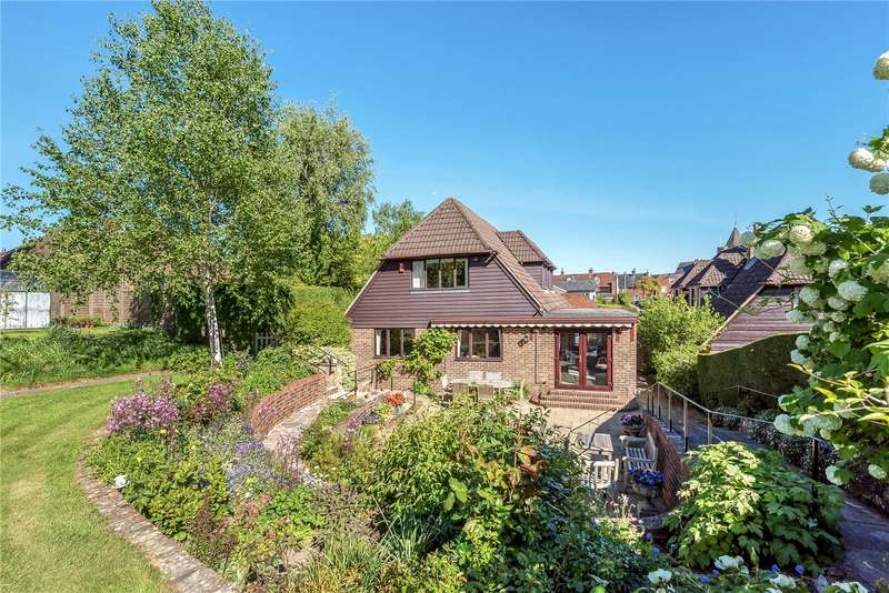 4 Bedrooms Detached House for sale in Rose Hill, Ticehurst