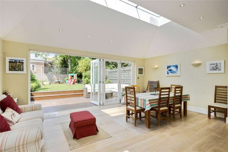 5 Bedrooms Semi Detached House for sale in Bernard Gardens, London, SW19