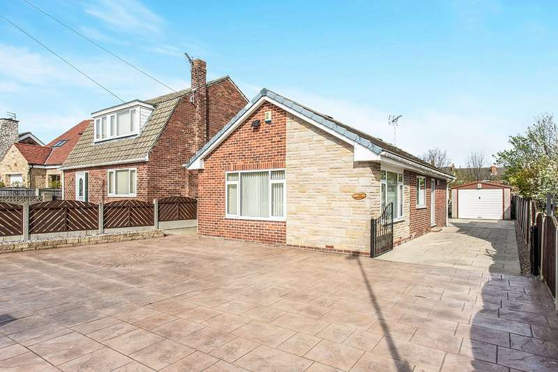3 Bedrooms Detached Bungalow for sale in Hemsby Road, Castleford, West Yorkshire, WF10