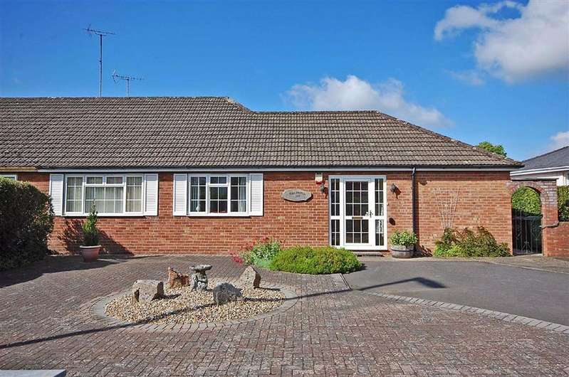 3 Bedrooms Semi Detached Bungalow for sale in London Road, Charlton Kings, Cheltenham, GL52