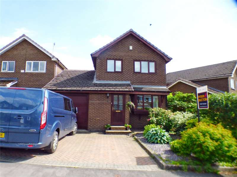3 Bedrooms Detached House for sale in The Croft, Hadfield, Glossop, SK13