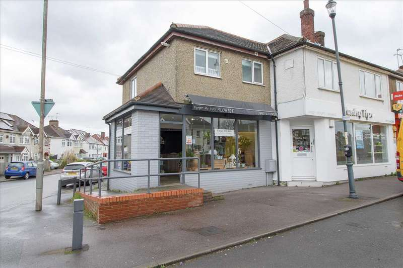 Studio Flat for sale in Ware Road, Hoddesdon