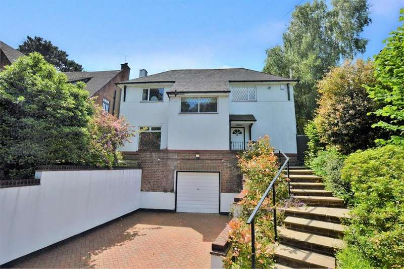 4 Bedrooms Detached House for sale in Queens Park, Bournemouth, Dorset, BH8