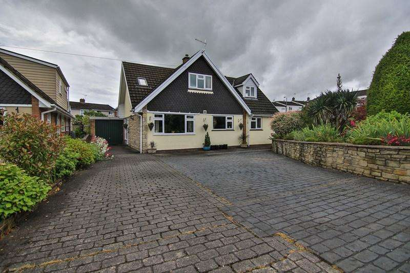 4 Bedrooms Detached House for sale in Meadowbank, Penperlleni, Pontypool