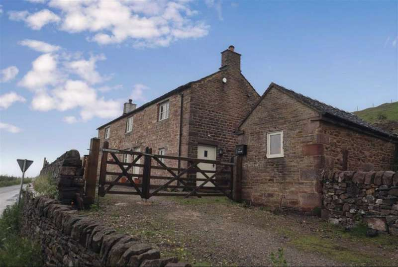 3 Bedrooms Detached House for sale in Quarnford, Buxton