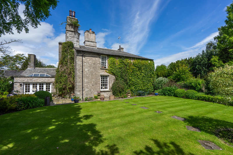 5 Bedrooms House for sale in Old Parsonage Farmhouse