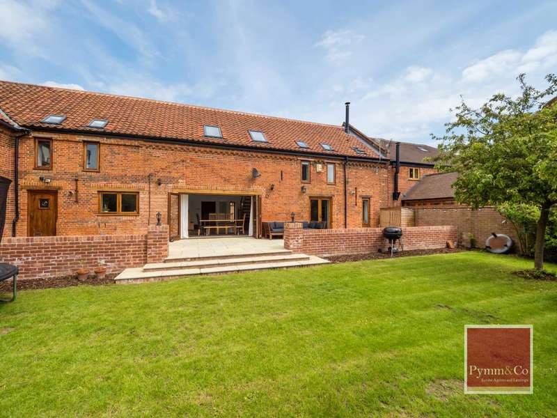 4 Bedrooms Barn Conversion Character Property for sale in Church Road, Reedham