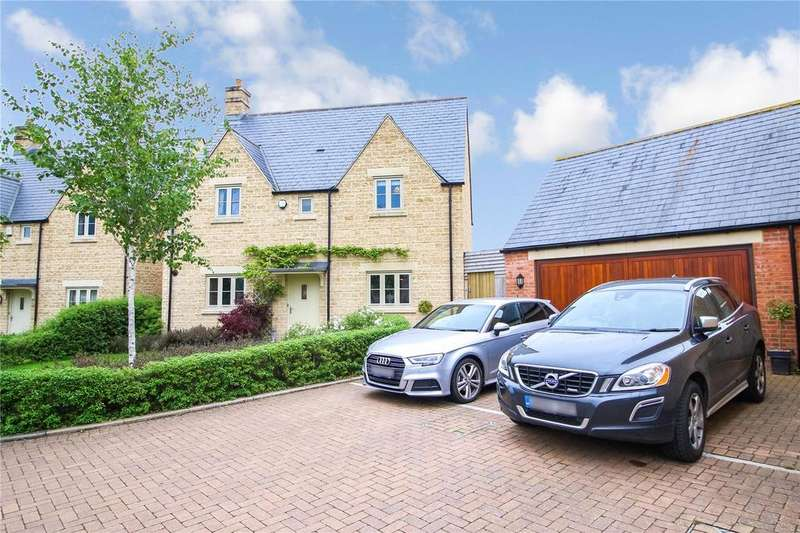 4 Bedrooms Detached House for sale in Brewin Close, Cirencester, GL7