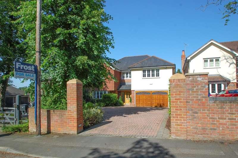4 Bedrooms Detached House for sale in School Lane, Stoke Poges, SL2