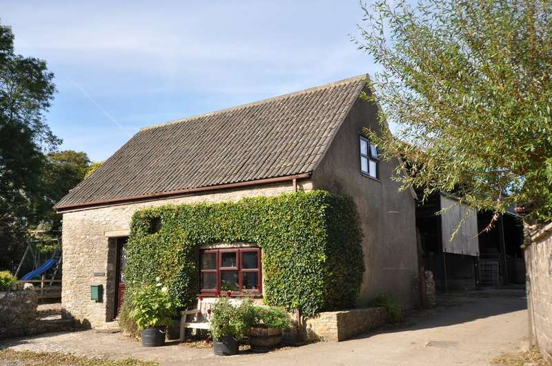 2 Bedrooms Barn Conversion Character Property for rent in Wellington Farm, Priddy