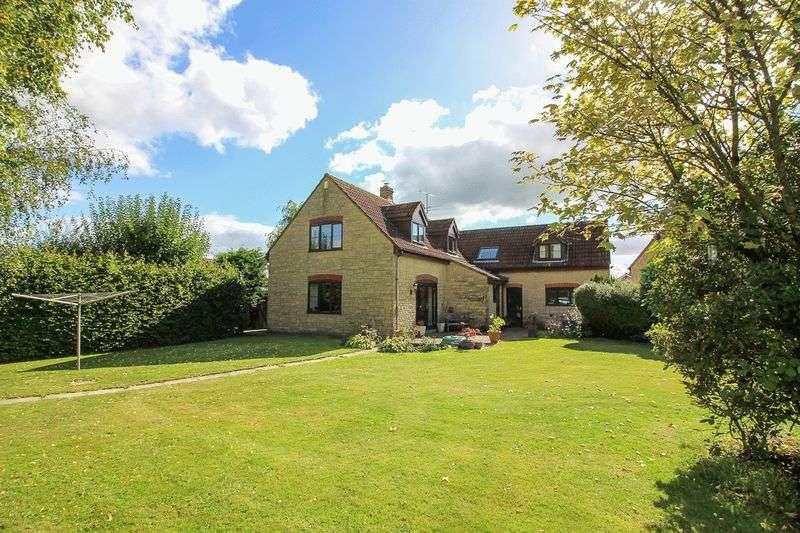 5 Bedrooms Property for sale in Pedlars Grove, Chapmanslade