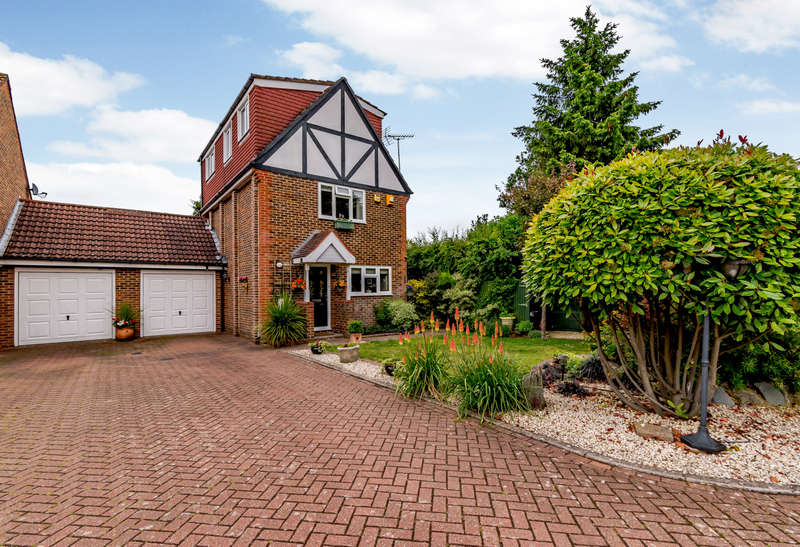 4 Bedrooms Link Detached House for sale in Williamson Way, Rickmansworth
