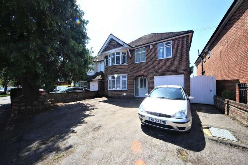 3 Bedrooms Detached House for sale in Quaves Road, Slough, SL3