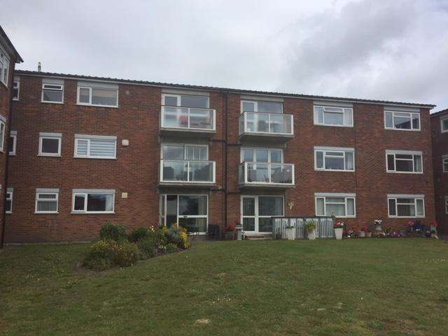 2 Bedrooms Apartment Flat for rent in Bronshill, The Serpentine South, Crosby, Liverpool L23