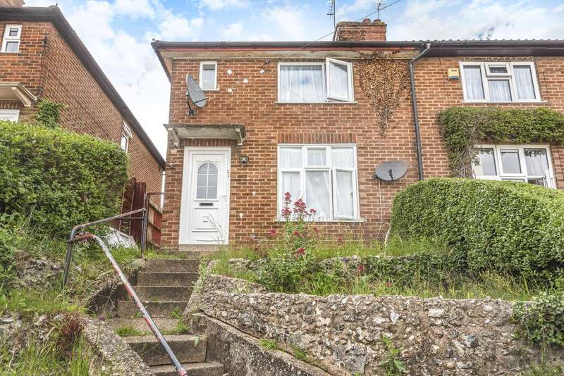 3 Bedrooms Semi Detached House for sale in Booker Lane, High Wycombe