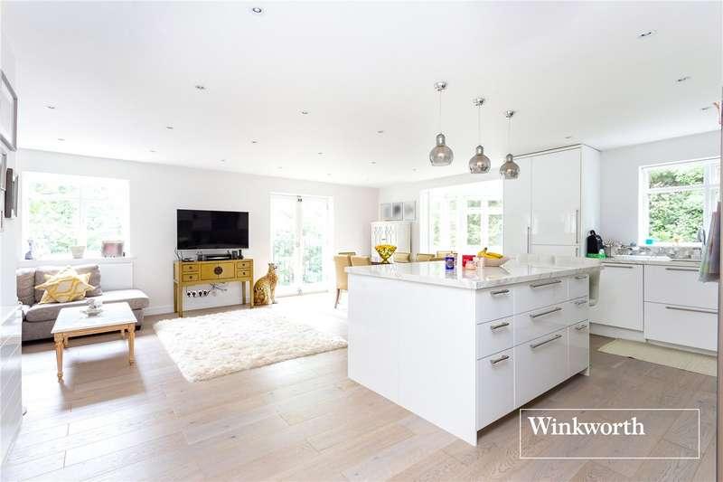 2 Bedrooms Flat for sale in Riverside Gardens, Finchley, London, N3