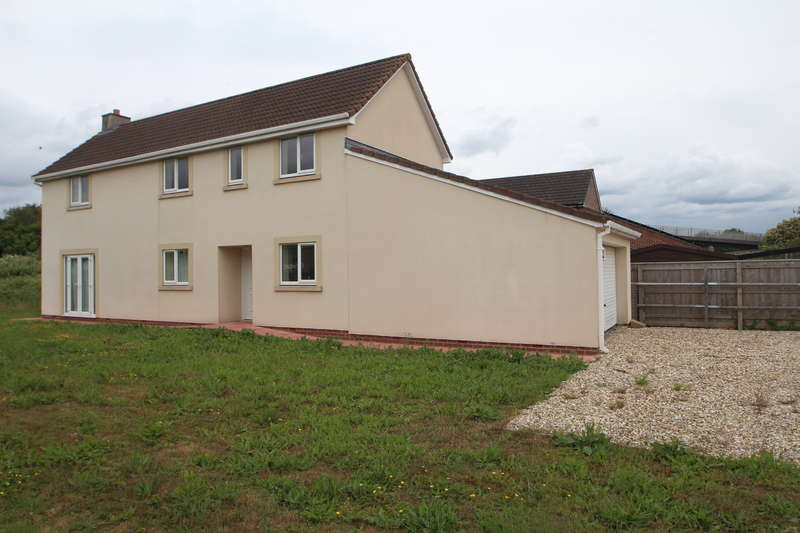 4 Bedrooms Detached House for sale in Church Road, Severn Beach, Bristol BS35 4NL