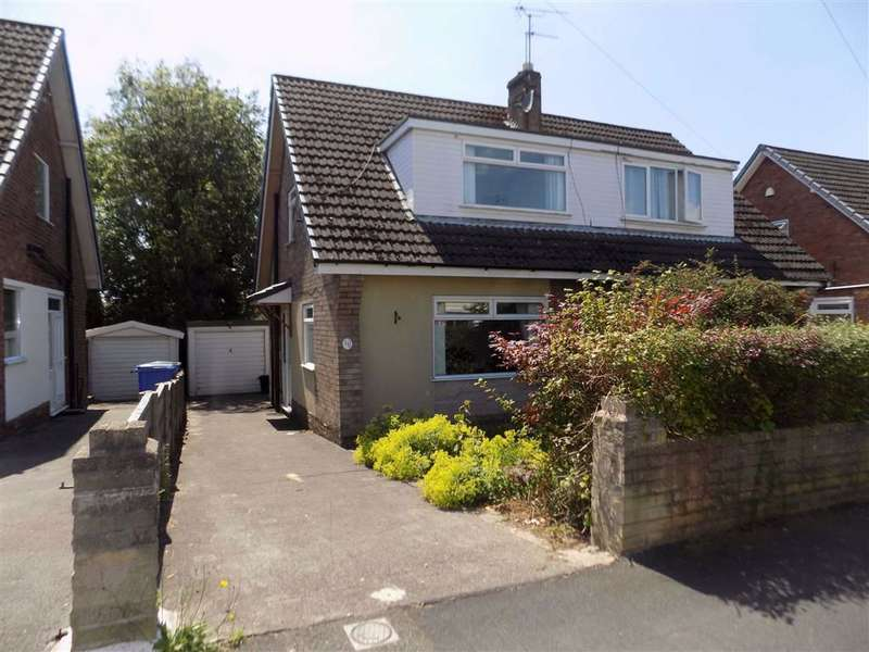 3 Bedrooms Semi Detached Bungalow for sale in Yew Tree Drive, Bredbury, Stockport