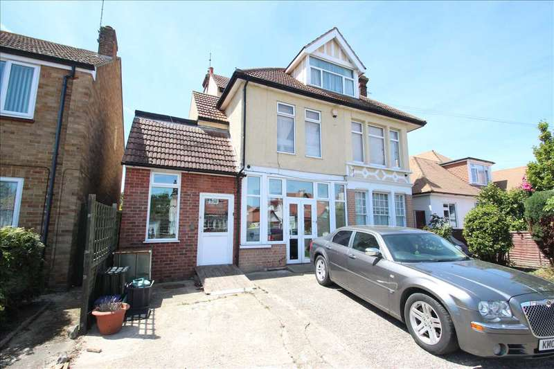 10 Bedrooms Detached House for sale in Trafalgar Road, Clacton-on-Sea