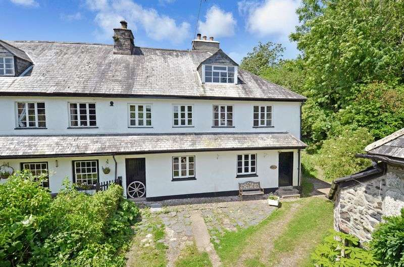 3 Bedrooms Property for sale in Higher Coombe, Nr Buckfastleigh