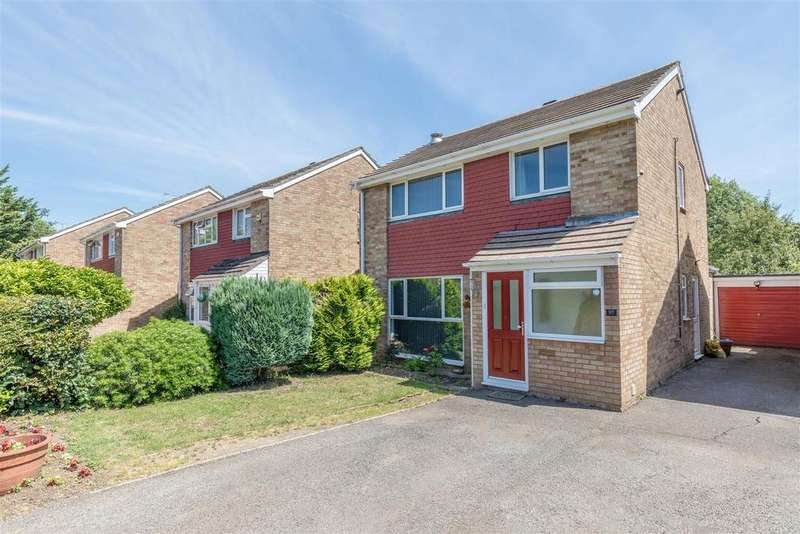 3 Bedrooms Detached House for sale in Gallys Road, Windsor