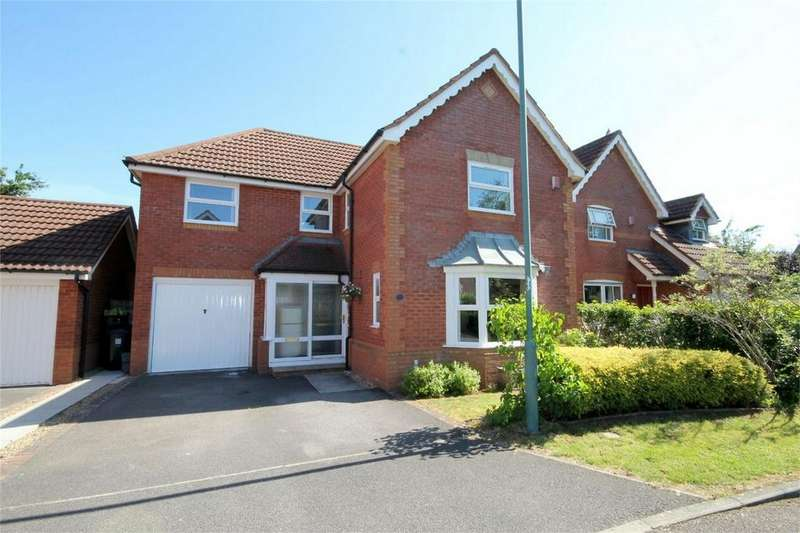 4 Bedrooms Detached House for sale in Wadham Grove, Emersons Green, Bristol