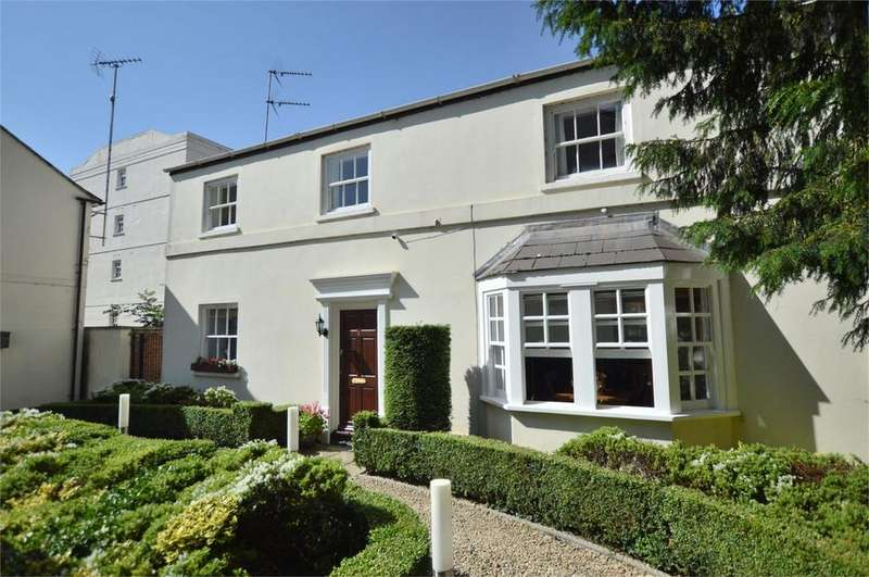 1 Bedroom Flat for sale in Cambray Mews, Cambray, Cheltenham