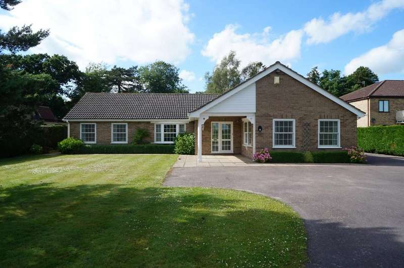 3 Bedrooms Detached Bungalow for sale in Grove Drive, Woodhall Spa