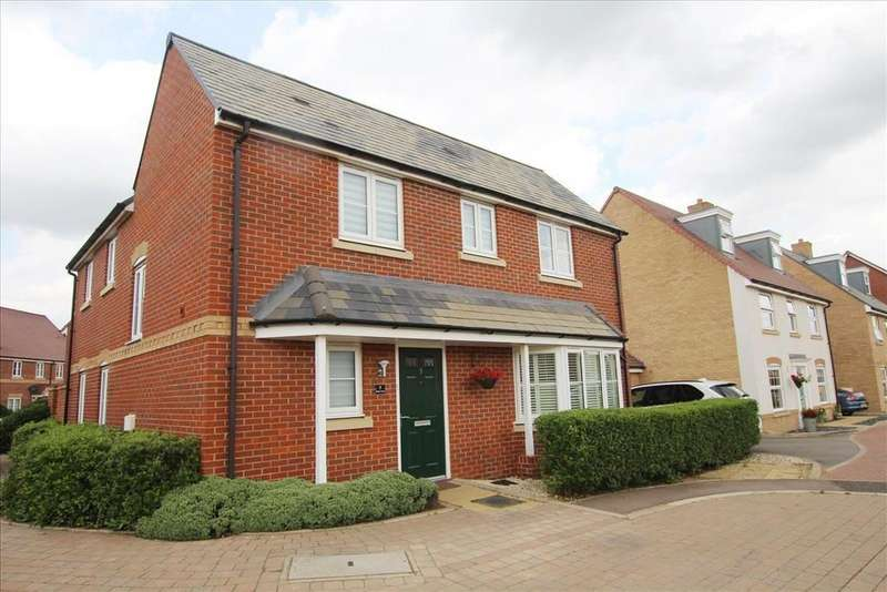 3 Bedrooms Detached House for sale in Walton Grove, Biggleswade, SG18