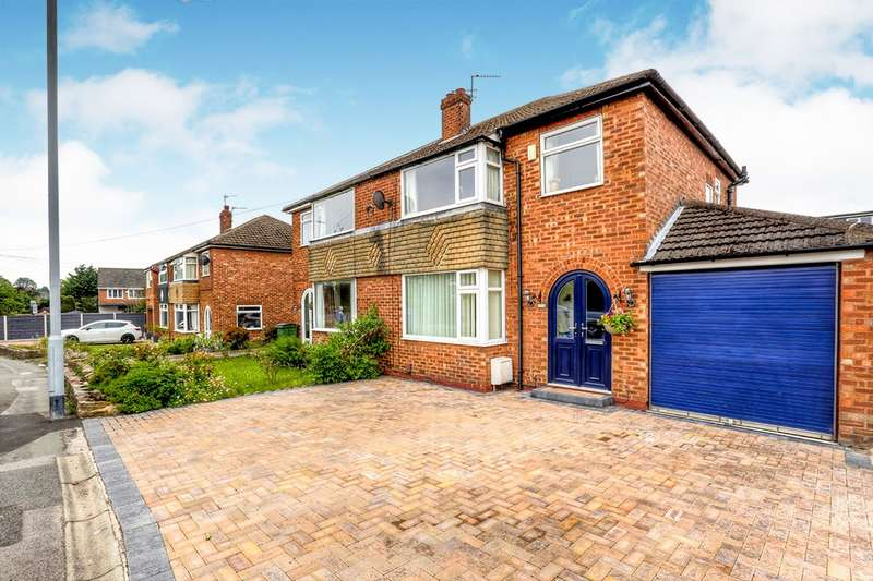 3 Bedrooms Semi Detached House for sale in Bredbury Green, Romiley, Stockport, Cheshire, SK6